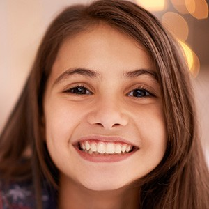 Young girl with beautiful healthy smile